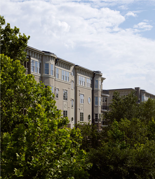 Bay window views & clear skies at these townhomes in Atlanta GA
